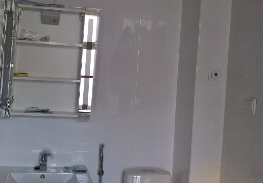 valokaappi vessaan